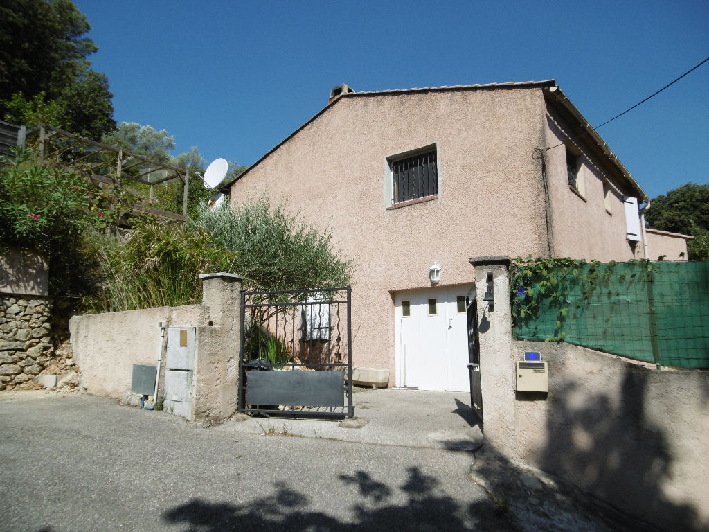A vendre maison sollies toucas 127 m l 39 adresse solli s pont for Location garage sollies pont
