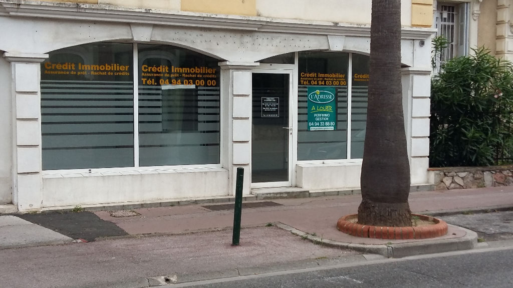local-professionnel-hyeres-centre