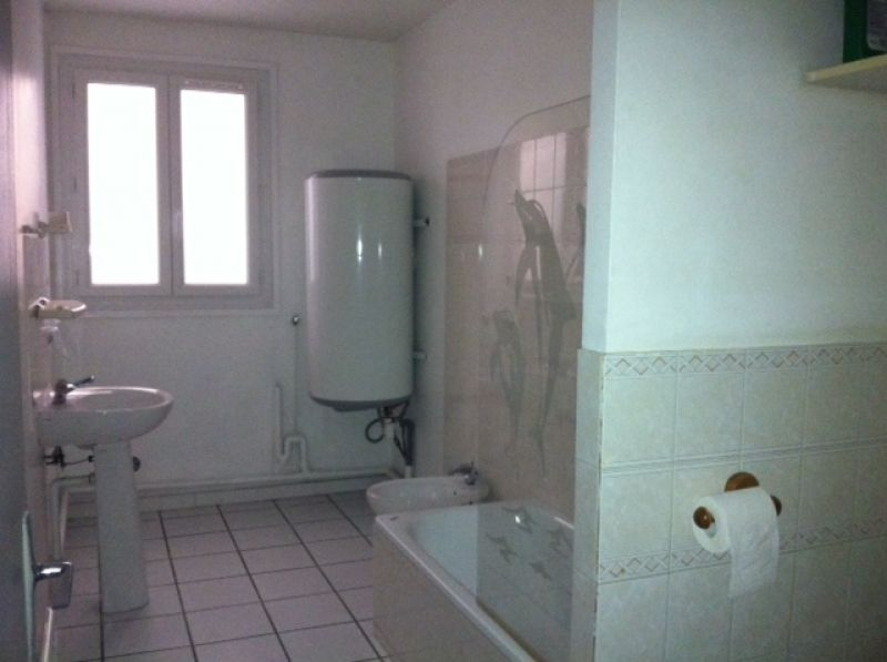 appartement-brignoles-3-piece-s-78-m2